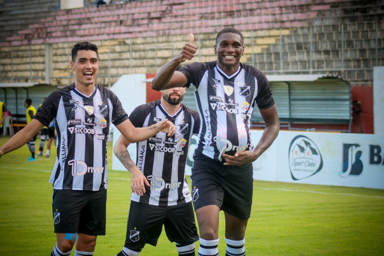 O ABC de Natal é uma das equipes favoritas para subir. Crédito: Rennê Carvalho/ABC F.C